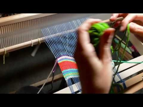 Tapestry style weaving on a rigid heddle loom, part 2 - YouTube