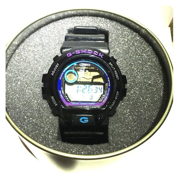 Black And Purple G Shock Shock Resistant Watch Barely used, once or twice. Purple G shock Logo on a black watch face. Battery Powered. Casio G Shock  Accessories Watches