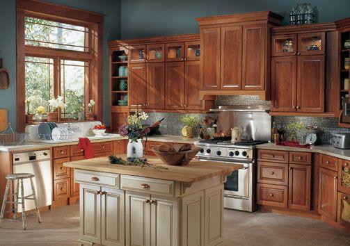 Dream Galley Kitchens   Kraftmaid Hardwood Cabinets ...