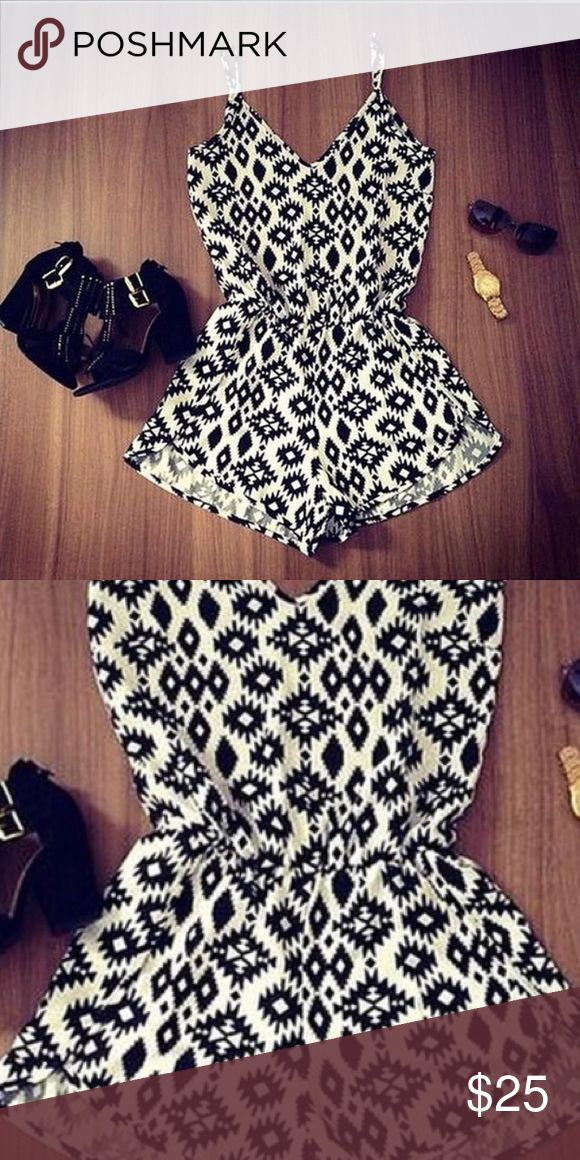 Cute black and white romper🌸 Cute black and white romper brand new never worn🌸 Pants Jumpsuits & Rompers