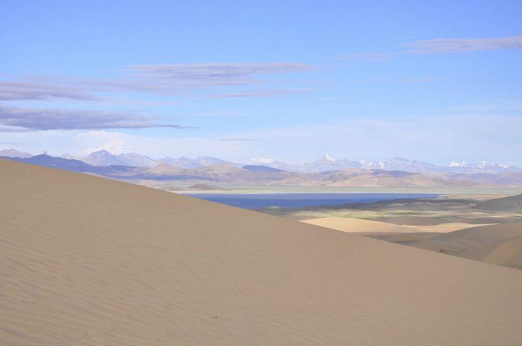 Desert, sea and mountains - Tibet