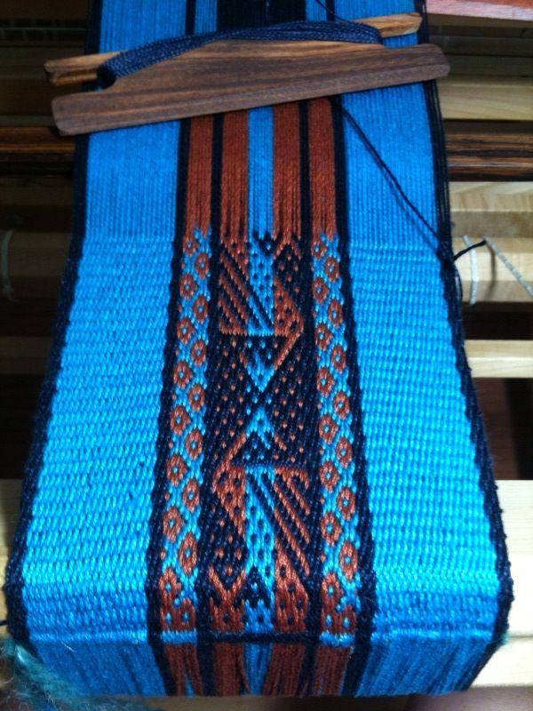 Resultado de imagen para weaving patterns andean loom