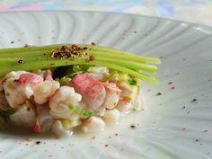 """750g vous propose la recette """"Tartare de rouget au poivre du kerala"""" publiée par floriaO9."""