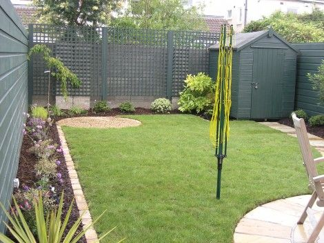 Painted shed example #garden (with before/after photos) Fencing trellis garden ideas
