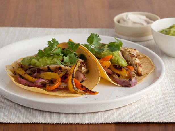 Grilled Chicken Tostadas: Food Network, Fun Recipes, Chickenfajitas, Chicken Fajitas, Healthy Menu, Grilled Chicken, Mexicans Chicken, Healthy Chicken Recipes, Foodnetwork