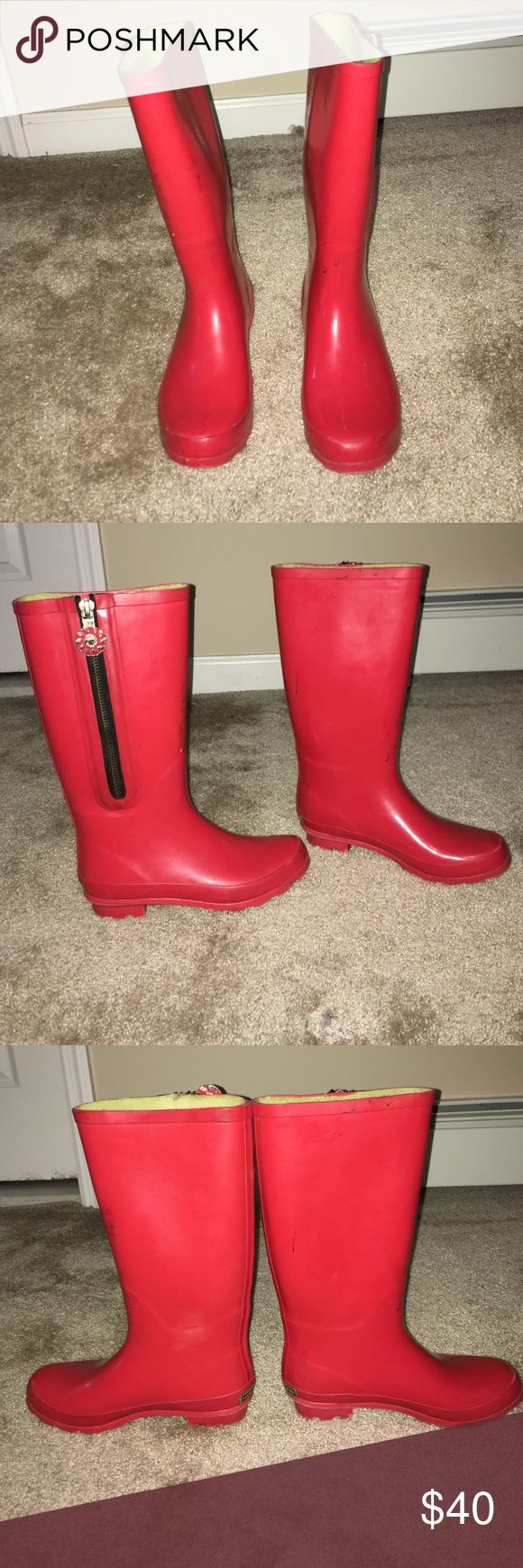 Jack Rogers Rainboots These Jack Rogers rainboots have been worn and do show some signs of wear in the photos. However still perfect for a rainy day! Jack Rogers Shoes Winter & Rain Boots