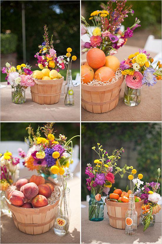 Cestos de frutas para peças centrais em decoração.