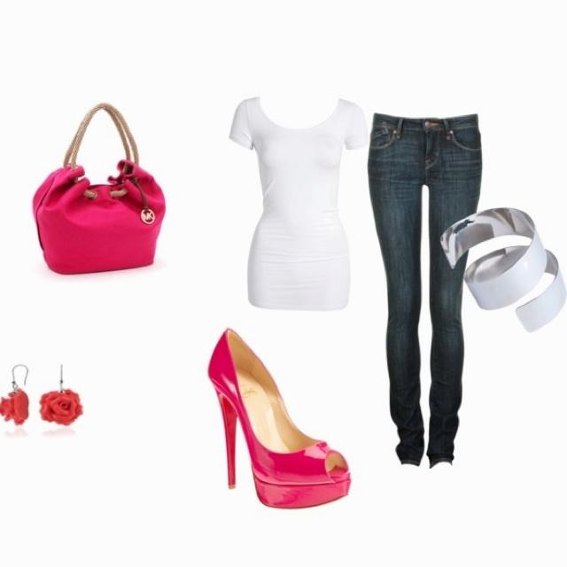 skinny jeans&Hot pink pumps.