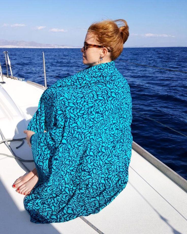 Cruising on the Aegean sea with #sarongarita ⛵️☀️🌊 #lindaheringbyme post from @ethelke 🙏🏼   #lindahering #madewithloveinbaliღ #handmade #sarong #beachthrow #style #accessories #musthaves #girlfriend #hippiechic #fashionista  #bohostyle #bohemianstyle #boholuxe #boho #artisinal #freespirit #cruise #beachfashion #resortfashion #sailinginstyle #arita #sailing