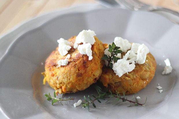 #Sformato di #carote e #legumi alla #curcuma e #feta || #Cirio, gusta la nostra #ricetta. #legumes #recipe #cheese #appetizer #carrots