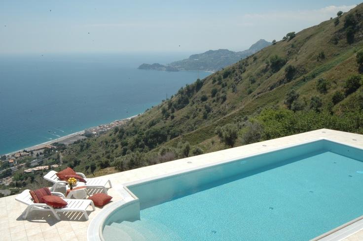 1000 images about piscine de r ve on pinterest. Black Bedroom Furniture Sets. Home Design Ideas
