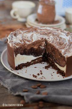 Black & White Marmor Schoko Creme Torte   Das Knusperstübchen