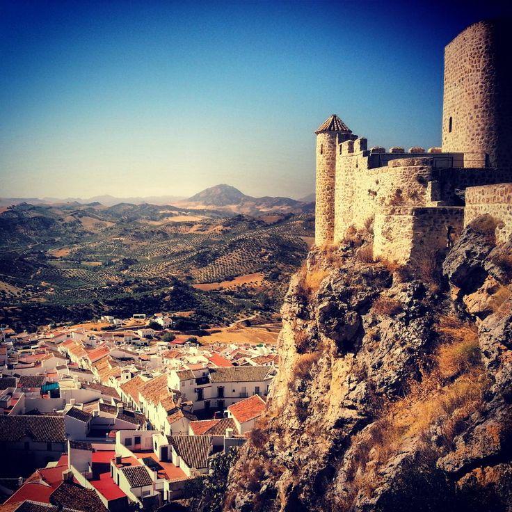 Olvera (Cádiz), by @wanderworrywork
