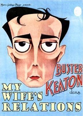 DVD CINE 2450-III - Las relaciones de mi mujer (1922) EEUU. Dir: Buster Keaton. Comedia. Sinopse: cando unha enorme muller irlandesa acusa a Buster de romper unha xanela é levado ante un xuíz polaco que non fala inglés e asume que ambos están alí para casar. A nova parella chega ao seu novo fogar onde Buster coñece ao catro irmáns da noiva con aspecto de bestas