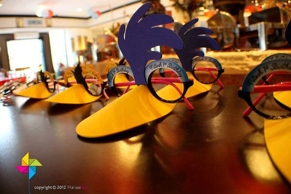Customized Party Masks Looney Tunes Theme x 10 pcs by ParteeBoo