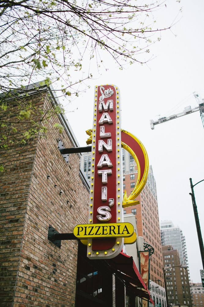 Chicago Food - Lou Malnati's - Best Pizza in Chicago!