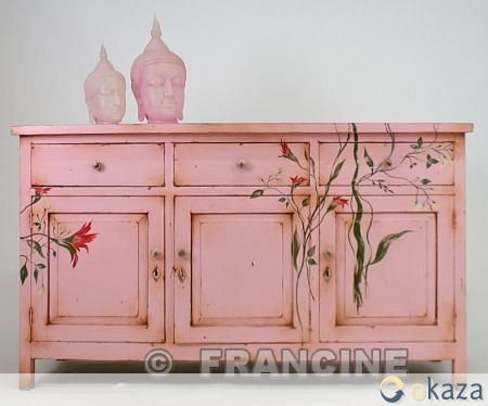 Pretty pink dresser with hand-painted flowers - love, love, love this!
