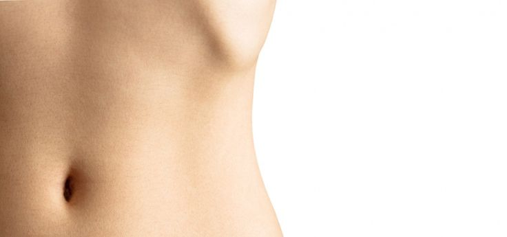 Ženský pupík jako signál plodnosti? I to je podle finského vědce možné!