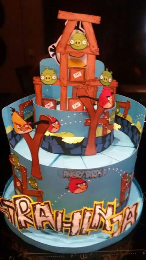 Angry birds paper cake