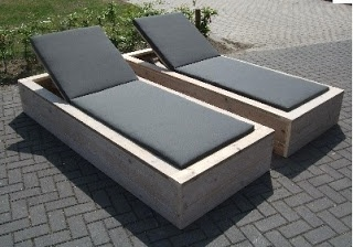 INSPIRATION ARCHIVE: DIY GARDEN FURNITURE