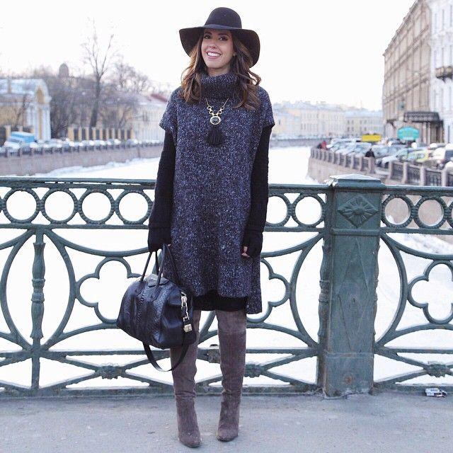 freezing for the pic! ❄️ Mais uma da série: tirei meu casacão e congelei pelo look do dia! Kkkk | chapéu @lancaperfume + malha @hm + bolsa @givenchyofficial #ootd #camilook #LPlovers #camilanarussia