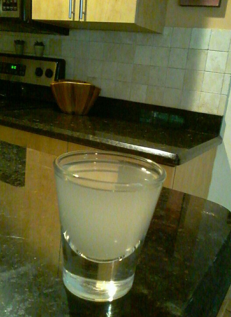 Shot de água de coco .