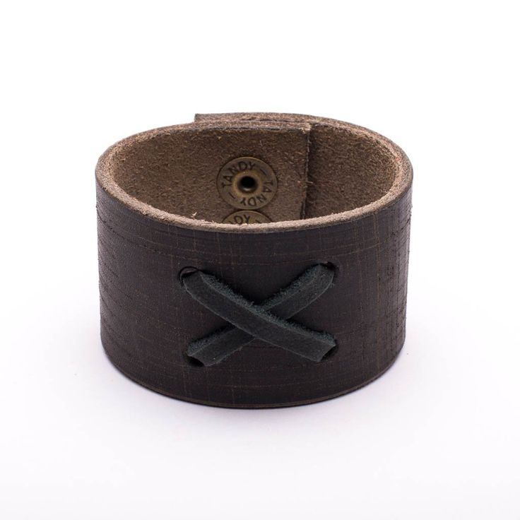 Bracelet Distressed Brown Leather X Stiching Snap Closure