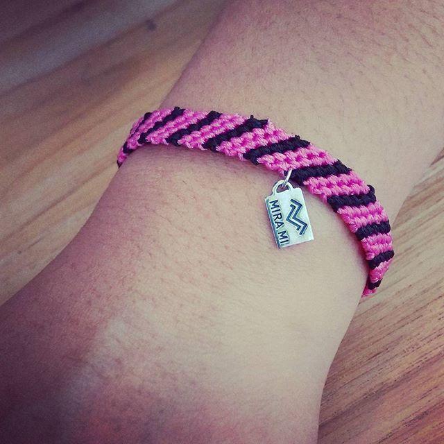 Handmade friendship bracelet #Mira #silver #realbali #shop #shopinbali #shopincanggu #love #universe #travel #traveling #sun #matahari #sand #stone #blackpearl #jade #pearl #shell #coconut #kelapa #bracelet #neckless #canggupantai #happylifestyle #Bali #balilife #canggu #pineapple #cubansalsaindonesia