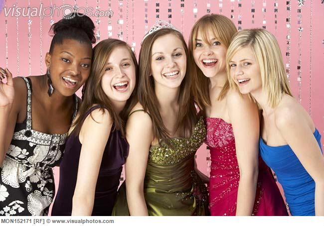 Teenage Friends At Homecoming  Group Of Teenage Friends -2736