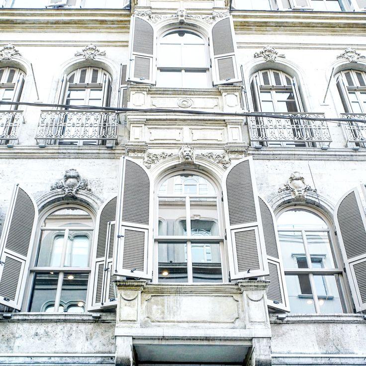 Istanbul architecture, white, instagram @anyaklyueva