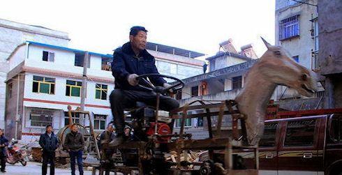 Китайский энтузиаст соорудил роботизированную лошадь (ВИДЕО) - http://supreme2.ru/7551-kitajskij-entuziast-soorudil-robotizirovannuyu-loshad-video/