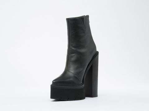 Jeffrey Campbell Famous in Black at Solestruck.com