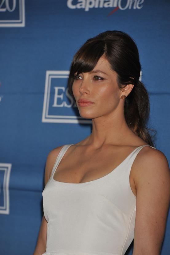 Jessica Biel - Hollywood inspired ponytails (via Flair.be http://www.flair.be/nl/kapsels/300149/hollywood-loves-ponytails-15-x-inspiratie)