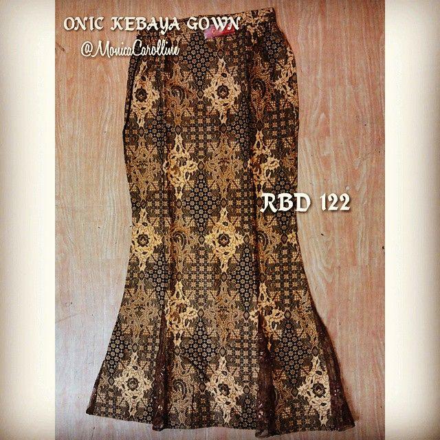 ROK BATIK DUYUNG 60rb ONLY Bahan : KATUN Ordering : PIN BB : 29D5461F / 2B23814D Wa : 089624426778 Mention @MonicaCarolline www.onicboutique.... HARGA SPESIAL untuk sanggar rias, salon & bridal ONIC KEBAYA GOWN Jl. Cibadak 179 Bandung West Java - Indonesia #Batik #RokBatikPanjang #RokBatikModern #RokBatik #RokBatikDuyung #RokBatikPesta #RokBatikModelDuyung #RokKebaya #RokDuyungMurah #Kebaya #KebayaModern #Samping #MyShop #NewCollections