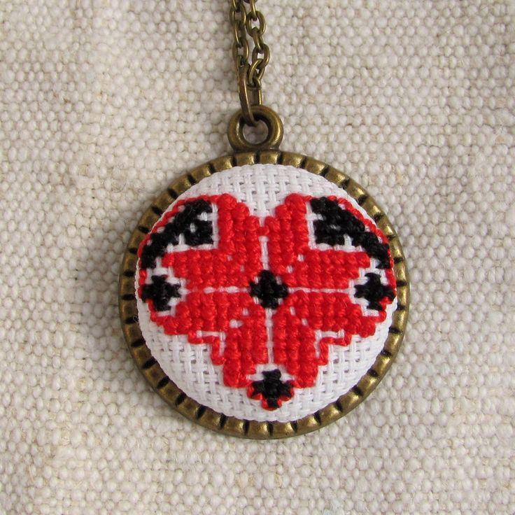 Romantic necklace, heart necklace, vintage jewelry, red-green traditional romanian hand embroidered necklace, bohemian necklace, ethnochic by NeedleSChoice on Etsy