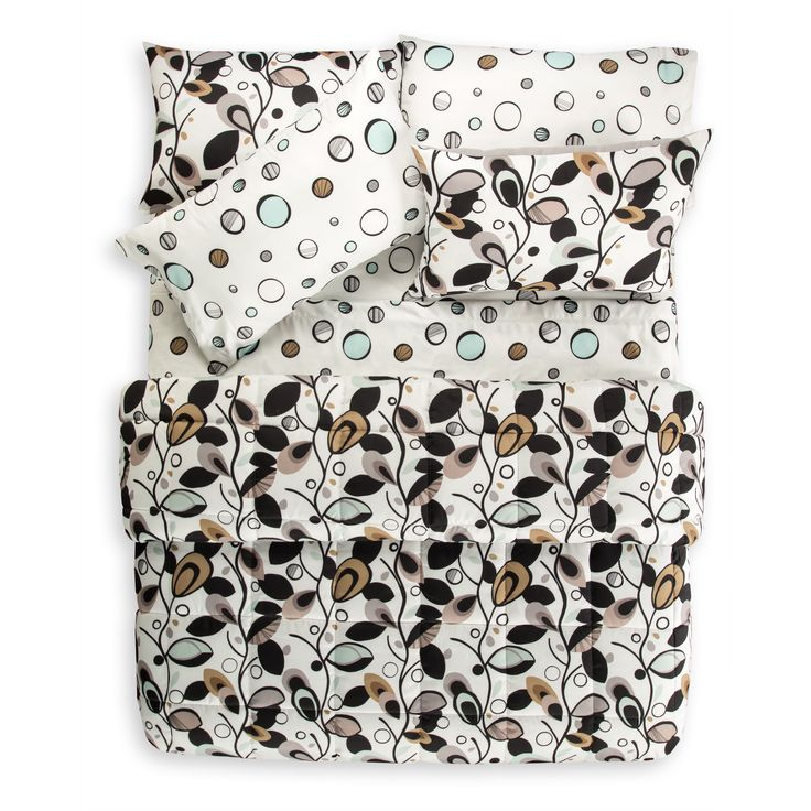 SIScovers Tanglewood 7 Piece Quilt Set and Coordinating Queen Size Sheet Set