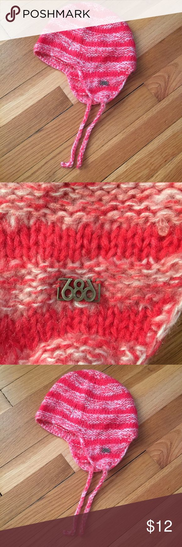 686 Snowboarding Hat 686 Snowboarding Hat • Used but in excellent condition 686 Accessories Hats
