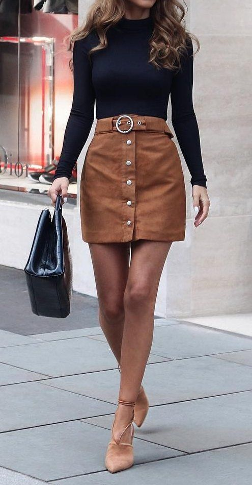 Black Sweater // Camel Skirt // Pumps // Leather Tote
