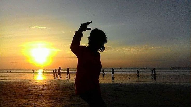 Ketidaksengajaan yang kayaknya keren Wkwk #sunset # candid #kuta #bali