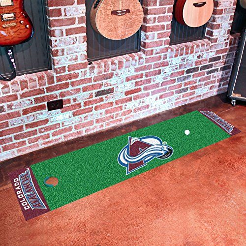 Avalanche Putting Green