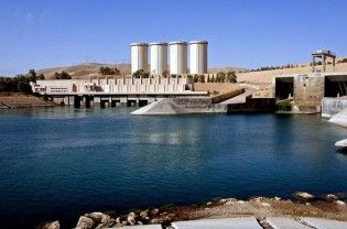 Baghdad: Iraqi and US diplomats have warned of a serious danger to millions of people around the giant Mosul dam, which was undergoing repairs and could breach at any moment, releasing a killer flood wave capable of wiping out entire cities and even flooding Baghdad. Just as the UN has warned of up to 2 million people projected to be...  Read More