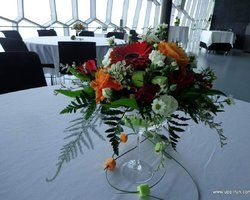 Fermingar borðskreyting - Flower centerpiece for a confirmation party