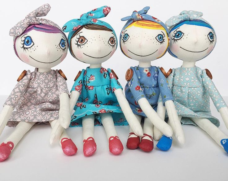 And here they are all in colour 😍 They will be listed in my online shop in few hours. Oh,Zuzana dolls are all handmade and hand-painted…