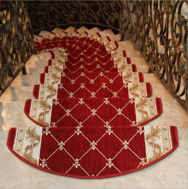 25 best ideas about stair treads on pinterest wood - Alfombra para escalera ...