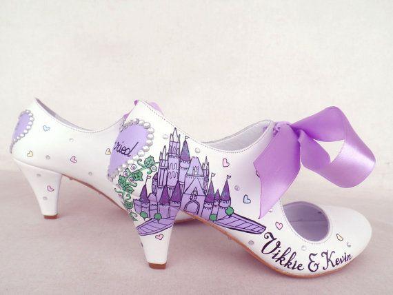 Brautschuhe - handgemalt angepasst - lila Märchen