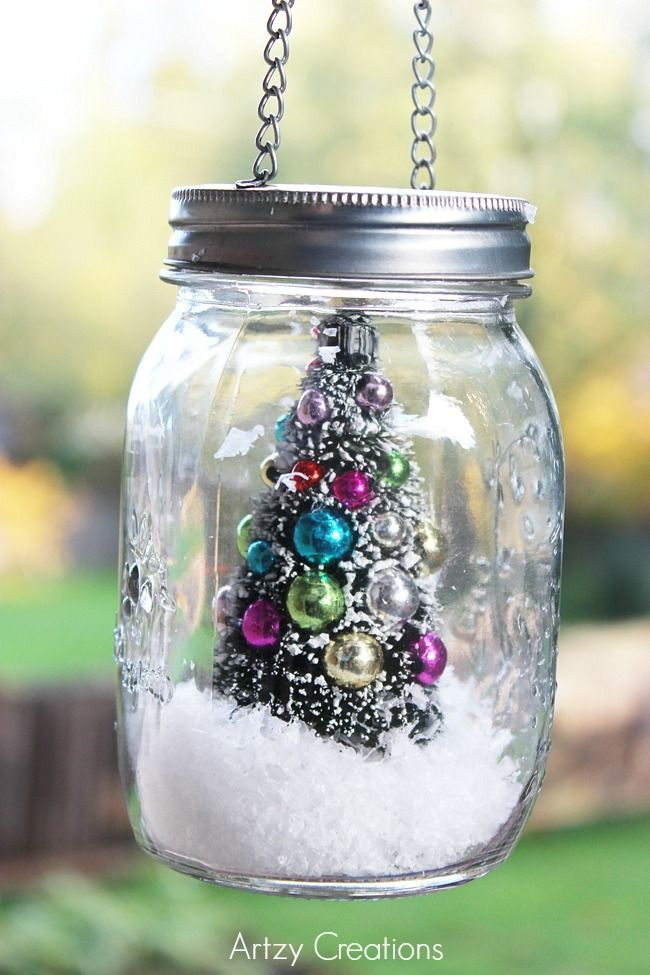 DIY 5 minute Mason Jar Christmas decoration from MichaelsMakers Artzy Creations