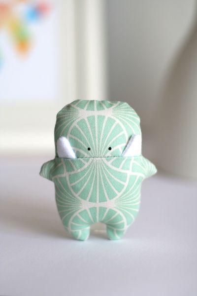 "Glücksbringer Monster "" Jade "" grün (Jade) von enFant design auf DaWanda.com"