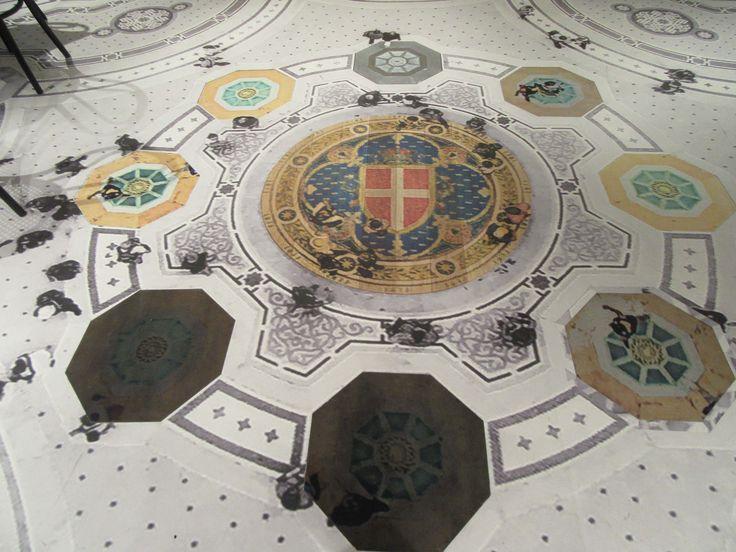 Linoleum floor with encased marble, stone and wood - digitally decorated on the Océ Arizona