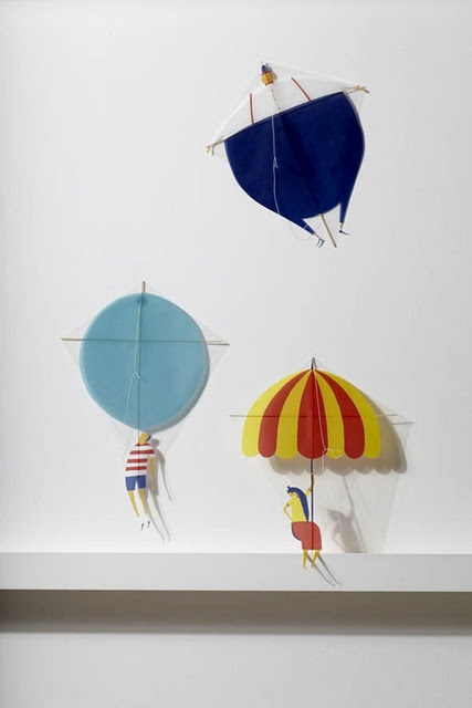 Daniel Frost's small kites at YCN online