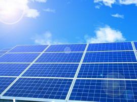 パナソニックは2017年に、米テスラモーターズ向けに太陽電池を供給する方向で協議を開始した。テスラは11月21日に米ソーラーシティの買収完了を発表